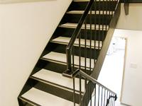 東館 階段